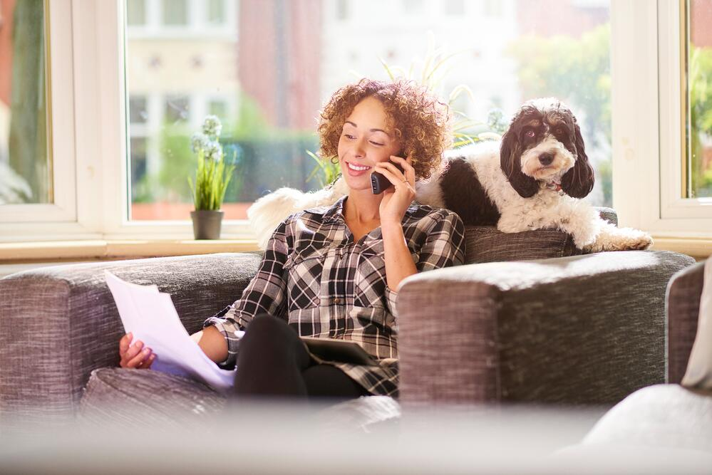 paying-the-pet-insurance-540591506_7360x4912
